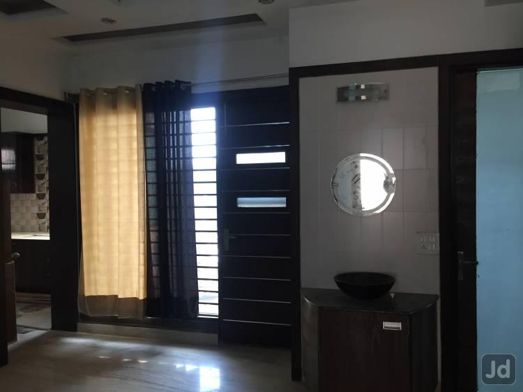 Girls pg in gurgaon sector 40   Amay Residency is best pg in gurgaon sector 40 with lots of services Power Backup, Room-Sharing, Fridge, TV, Bed, Cupboard, Housekeeping, Separate Washroom. - by Amay Residency, Gurgaon