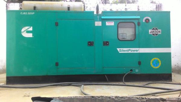 Heavy generator on rent in delhi. Heavy generator on hire in noida. Heavy generators on hire in faridabad Silent generator on hire in delhi, noida.   - by Arihant Generator Services, Delhi