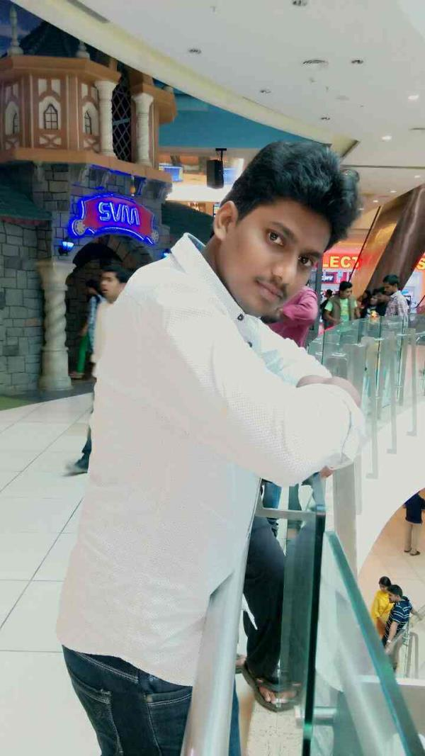 sujana forum mall Hyderabad - by ANJI BABU.PENNERU, Hyderabad