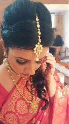 Tanya Puri makeup artist is a global renowned name in the subject of beauty. focusing on makeup, hair styles and hair cuts that match anybody's needs, their specialty is in Bridal make-up and hair. In a country in which each country boasts  - by Tanya Puri Makeup Artist, New Delhi