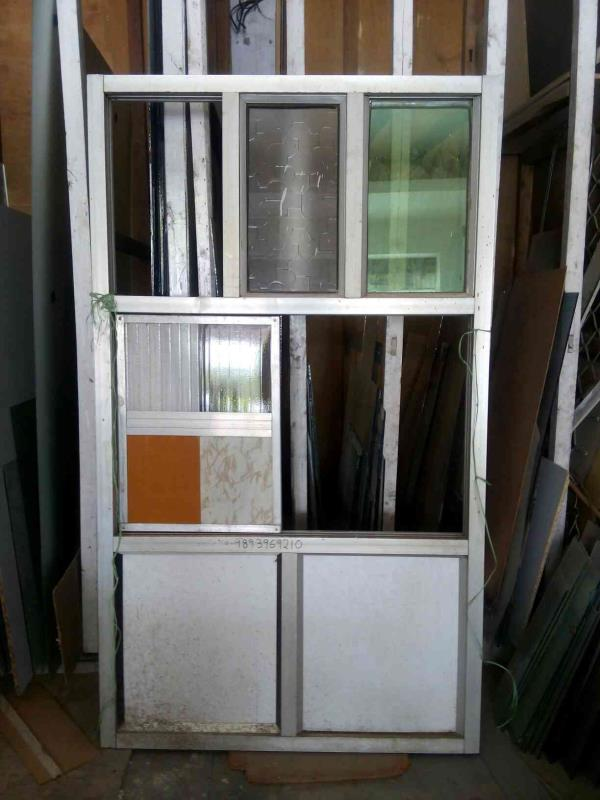 We are best in glass & aluminums work in bhopal. - by Saify Glass Aluminums, Bhopal