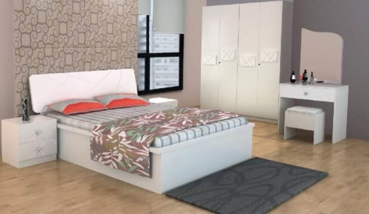 High Gloss beds in white color.. With wardrobe and dresser. - by Modern Living, Hyderabad