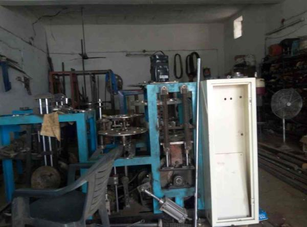 mfg all type of paper cup and paper dish machine in ahmedabad  - by Siddhi Engineering Works, Ahmadabad
