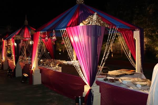We do theme wedding arrangements  & creat a luxurious theme  buffet set up. - by Pai Caterers, Bangalore