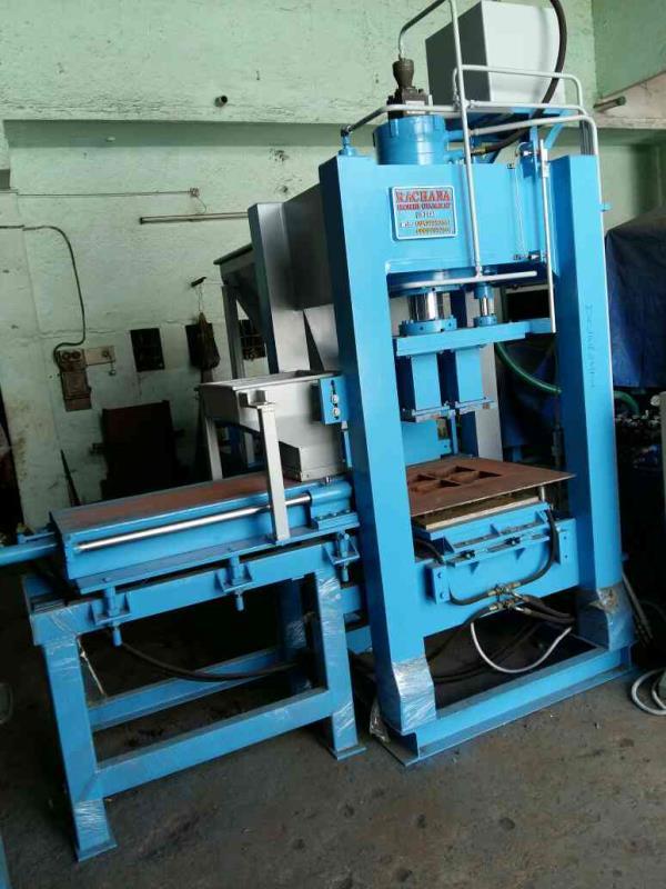 Best quality automatic fly ash bricks machine  - by RACHANA HYDRAULIC AND ENGINEERING, Behind 7 Lati Plot, Moon Nagar Chowk, Morbi