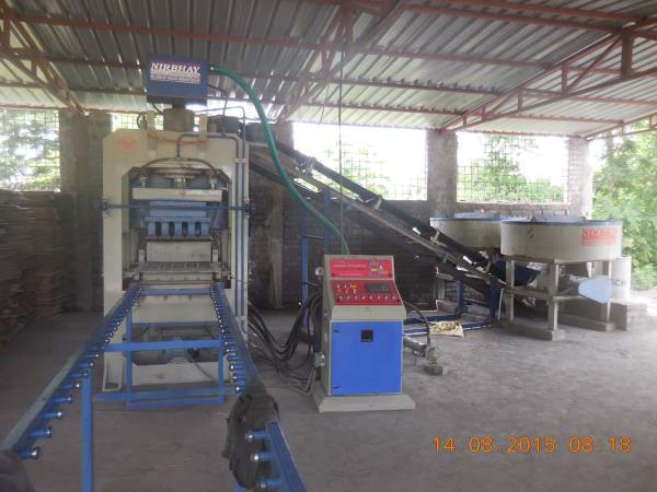 We r leading manufacture and supplier of fully automatic fly ash bricks and block machine in ujjai, indore, jabalpur, bhopal, betul, multai - by Nirbhay Hydraulic & Eng. Works, Gujarat