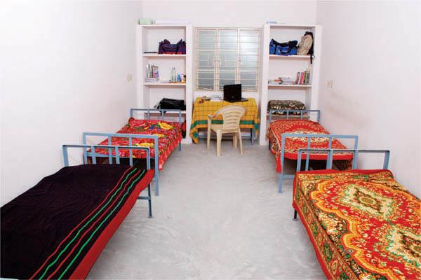 AC Rooms Hostels Attached Bathroom Student Women's Hostels Two Wheeler Parking Working Women's Hostels Cable TV Car Parking Food Facility Internet connection Non AC Rooms Sharing Basis rooms Single Room facility - by Subham Hostels, karapakkam,Chennai