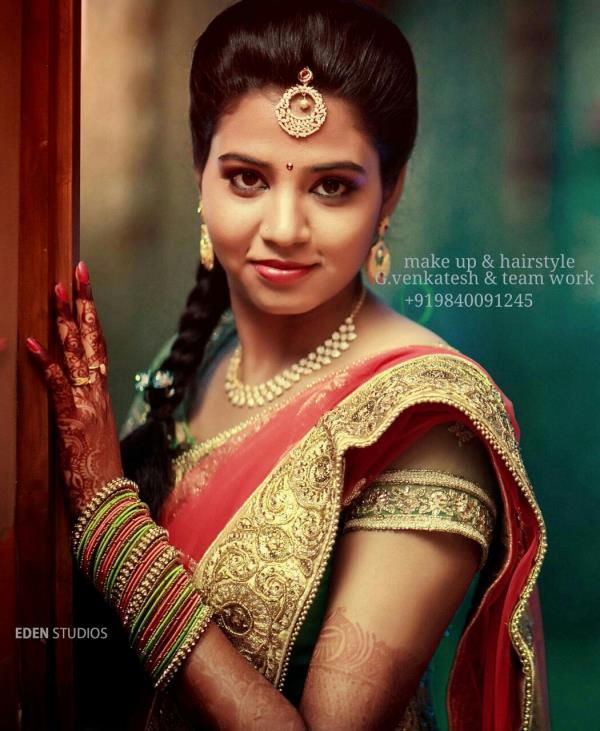 Best Bridal Makeup Artist in Chennai    Venkatesh – like any other true artist does not hide you behind a mask, he will bring out your best features and enhance your natural beauty. - by Top wedding Makeup Artist Chennai +919840091245, Chennai