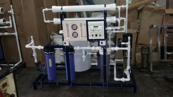ro plant manufacturers - by Right Water Systems./RO Plant Manufacturer, Delhi