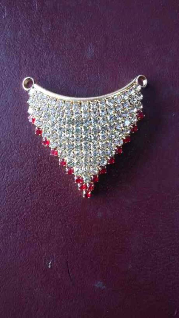 We are manufacturers of imitation diamond pendal in rajkot  - by Shree Nilkanth Sales, Rajkot