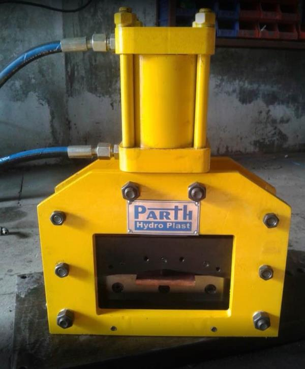 We Parth Hydro Plast is one stop solutions for hydraulic power packs with customised and best quality material  - by Parth Hydro Plast, Ahmedabad