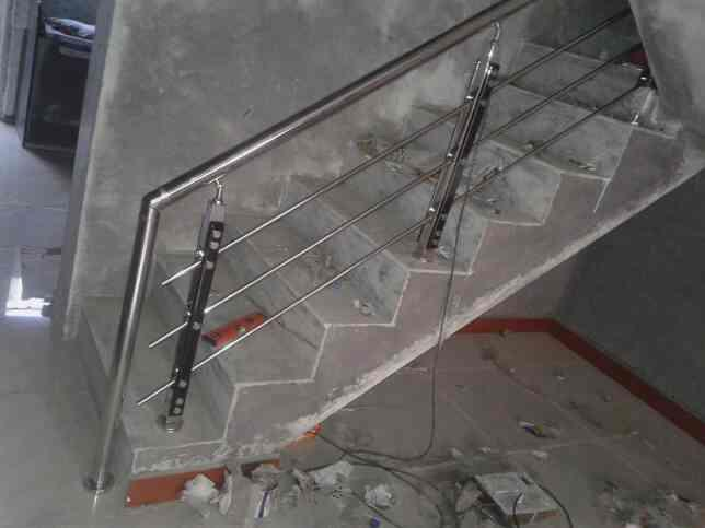 we are manufacturer of railing in rajkot - by Soham Steel Point, Rajkot