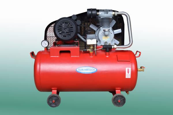 Air Compressors Item Code: TC-1HP We are known name in manufacturing and supplying best quality Air Compressors TC 1HP. The offered model is one of the best selling equipments widely trusted to create potential energy whilst meeting the saf - by Sun Hitech Engineering, Coimbatore