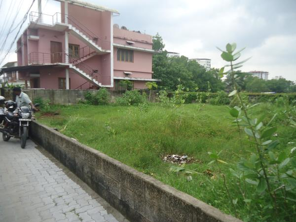7 Cents excellent residential plot at Kadavanthra. Located in a good residential area. Cost rs 84 lakh Contact Joseph : 9947854006 - by Plots In Kochi, Ernakulam