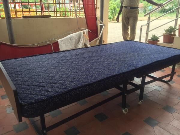 folding bed - by Aggarwal Industries, Calcutta