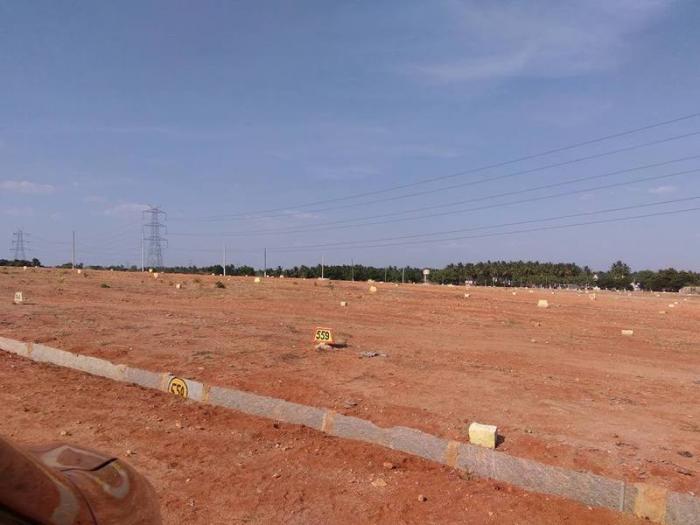 Location:   Taverekere near Metipalya , Off Magadi Road Bangalore North, Connectivity to heart of the city & also to the major highways.(Bangalore - Mysore highway & bangalore - Tumkur highway) Located 3 kms from Taverekere towards Sondekop - by Mastambika  Sai Developers, Bangalore