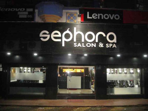 best hair straightening salon in goa - by Sephora salon & Spa, North Goa