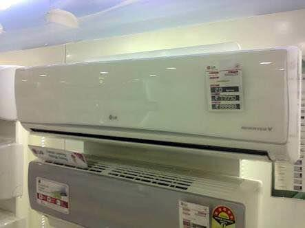 Split HITACHI AC DEALER IN MANINAGAR AHMEDABAD  - by Trio, Ahmedabad