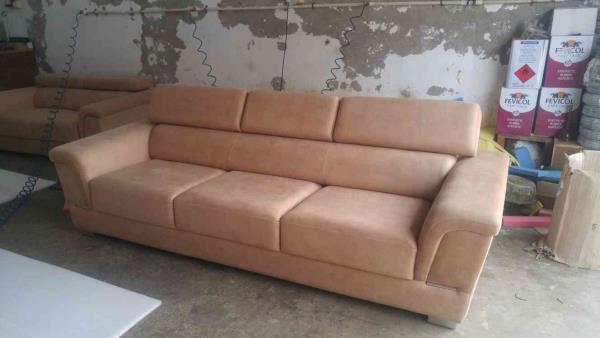 sofa head rest exustable - by Riyasofa, Ahmedabad
