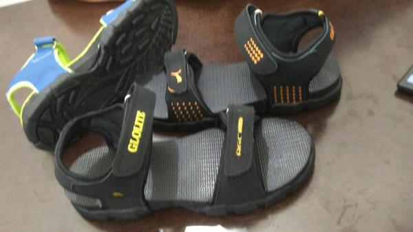 Sports sandals available in yashwante shoes, jalna - by Yashwante Shoe Palace & Sports, Jalna