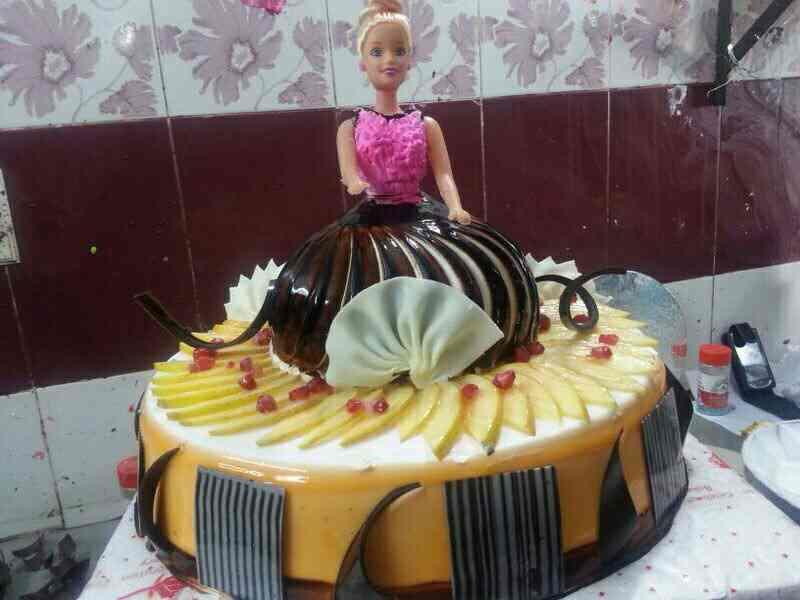 cake and pestres aggless - by With Friend Bakery, New Delhi