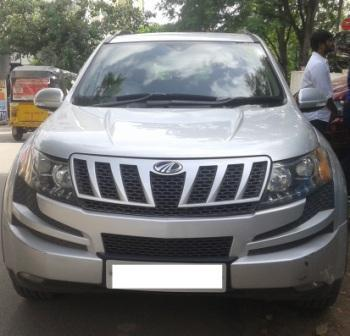 MAHINDRA XUV 500 W8:MODEL 07/2013, KM 65864, COLOUR  SILVER, FUEL DIESEL, PRICE 1050000 NEG. - by Nani Used Cars, Hyderabad