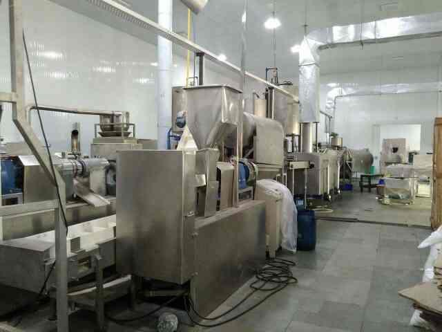 Kurkure machine manufecturer in India  we are the best machine manufecturer of kurkure, snacks,  - by Macaroni Pasta Machine Manufecturer, New Delhi