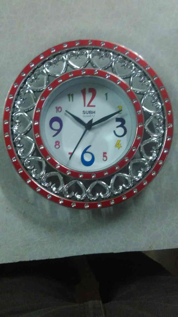 We are leading. Manufacturer of wall clock in morbi - by Jigar Enterprise , Lati Plot 7, Morbi