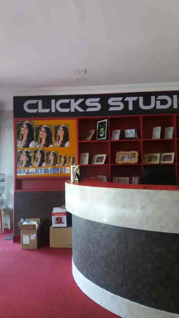 BEST WEDDING PHOTOGRAPHERS IN CHENNAI.  We are the Best Wedding Photographers in Chennai. We are handling all Wedding functions in Better Manner. - by Clicks Studio, chennai