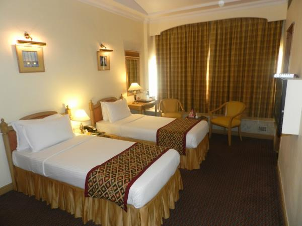 Good deals in Hotels in Nariman Point Mumbai	https://www.fariyas.com/hotel-in-mumbai/ - by Fariyas Hotel Mumbai, Mumbai