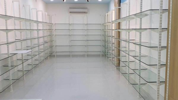Showroom fixtures, interior fixtures, showroom fittings in delhi, pillar fittings - by Hi Tech Hangers & Fixtures, Delhi