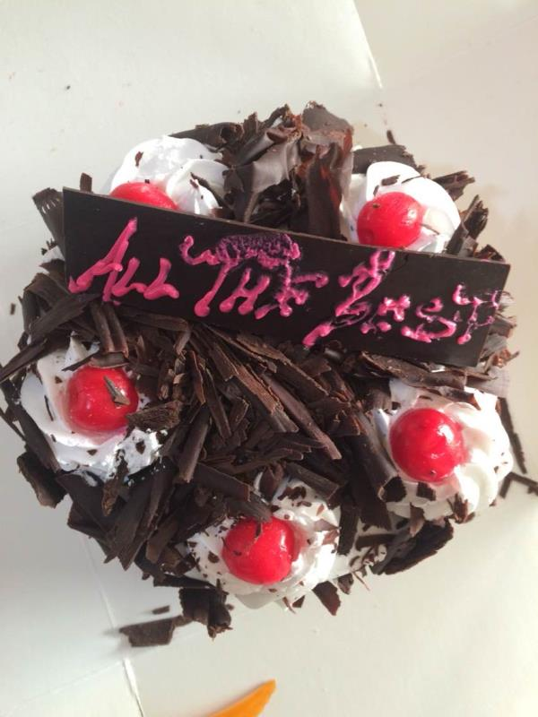 Black Forest cake with cheery. Available 24*7 in our delhi based shop - by Khushbu bakery, New Delhi