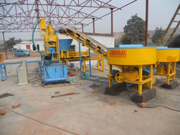 We r a well known manufacture and supplier of fly ash brick and block machine of bijnor, gorakhpur - by Nirbhay Hydraulic & Eng. Works, Gujarat