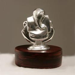 Corporate gifts in Silver. ORNAZ CORPORATE is a leading corporate gifting company in India with reputated clients. God Idols, Silver Coins, Gold Coins, Silver Artifacts etc. are available with us.  - by Precious Corporate Gifting, Gurgaon