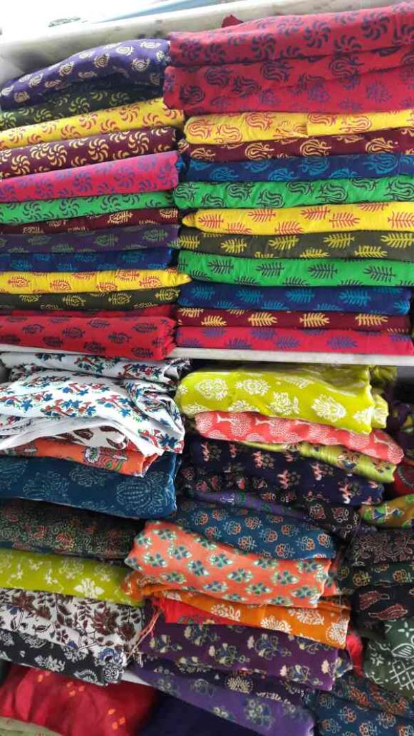 We are the leading manufacturer and supplier of all types of cloth fabrics for fashion designing in ahmedabad - by Arihant Emporium, AHMEDABAD