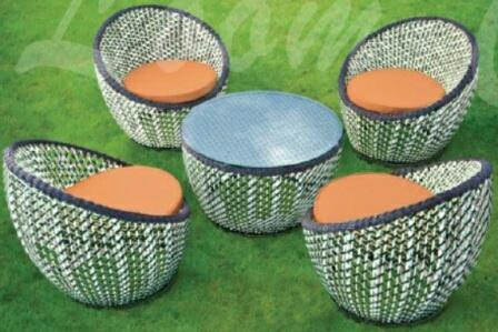 loom crafts outdoor furniture 4 colour wicker outdoor dining sets available exclusively at designer landscapes ! - by Designer Landscapes, New Delhi