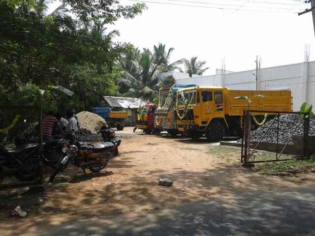 sand suppliers - by Sri Bannari amman lorry service, Coimbatore