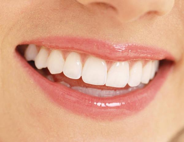 If you feel awkward about your teeth then visit us for the perfect smile design option that you are aspiring for. We promise you of the best available painless treatment in a optimal way.With invisible brace technique we take care off your Gummy Smile and crooked/ irregular teeth. our doctor is well equipped to roll out aesthetic dentistry in chennai, India. He offers best dentistry and best dental clinic in Chennai at affordable price. For a beautiful smile contact us 9884242784