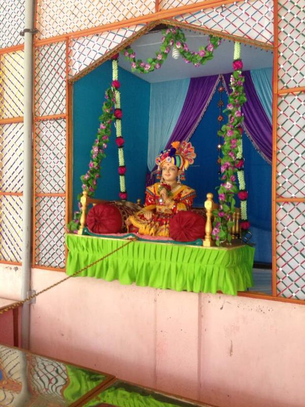 Lindora Darsan jay swaminarayan namo namh  - by SHREE GANESH KITCHEN CONCEPT, Ahmedabad