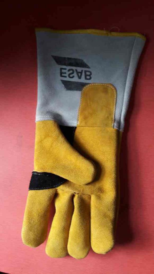 leather gloves - by J M Leathers, Kolkata