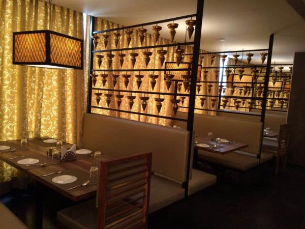 Total hospitality has Dakshina spice -A Andhra speciality restaurant opening at Mahadevapura , Tin factory road, Bangalore. A Ethno Techno fine dinning restaurant that serves typical Andhra thali and varieties of Biryanis and Pulavs. Formul - by Total Hospitality, Hyderabad