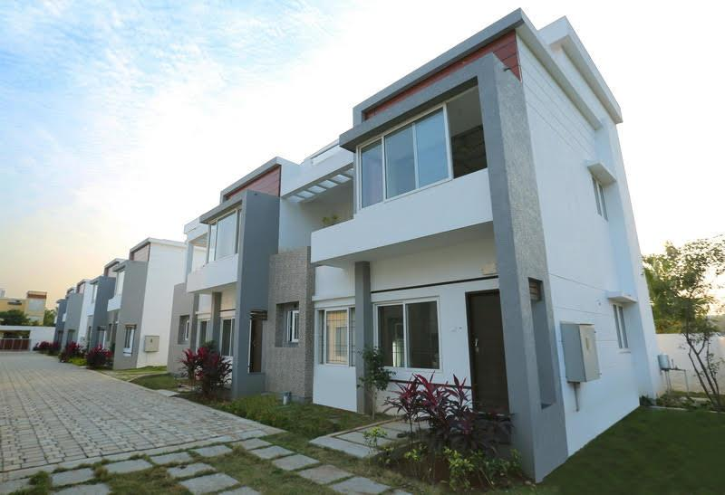 Compact Luxury Villas for sale in ECR  We built Villas in Compact size but with elegant design and good quality material with Swimming Pool  - by INDUS FOUNDATIONS- Sea Shells Enclave ...For Booking Call Us @ 9566244221, Chennai