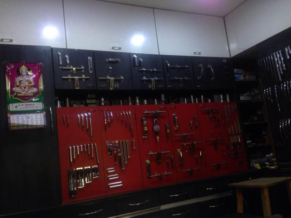 My office display  - by SHREE GANESH KITCHEN CONCEPT, Ahmedabad
