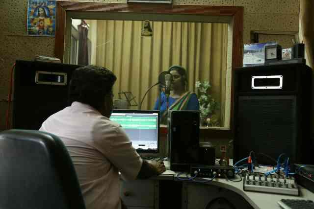 Background Music and Songs recording studio in Bareilly India - by Mahima Music Academy & Recording Studio, Bareilly