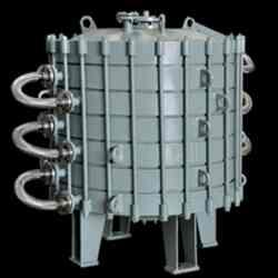 Plate Type Condenser:CAPACITY:4 m2To 14 m2. For further information refer toCode & Standards, and Design Data.  Plate Type Condenser in anand.Gujarat  Plate Type Condenser in bharuch Gujarat  Plate Type Condenser.in pune maharastra - by Swiss Glascoat Equipment, anand
