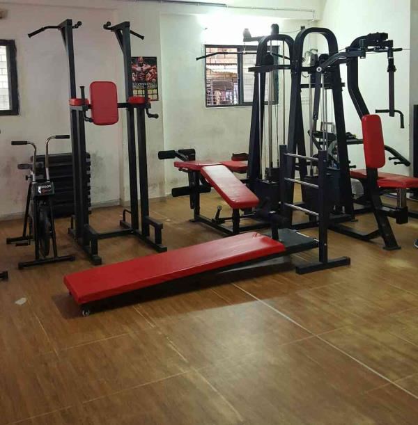 We are the leading gym center in Ahmedabad located in Manainagar.  We have all machines and equipments to keep your body perfect in shape  Join us and join healthy body - by Rockstar Gym, Ahmedabad