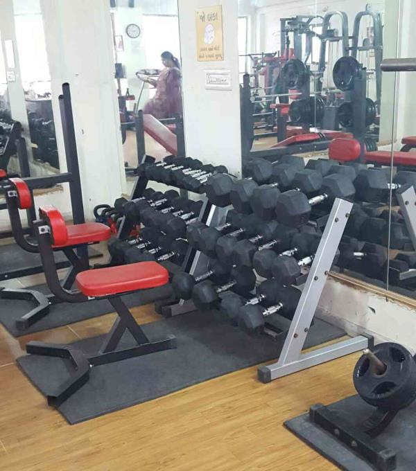 Want good biceps?  Just work out here at Rockstar Gym!  We provide best class dumbell for your work outs..  shape your body make your body with Rockstar Gym Maninagar  Because if you are not fit, you are not living!   Our trainers are well  - by Rockstar Gym, Ahmedabad