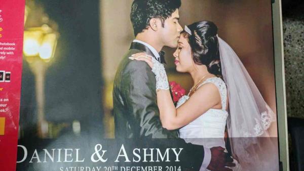BEST WEDDING PHOTOGRAPHER IN CHENNAI  We are the Best wedding Photographer in chennai. We handling all exclusive wedding photogrpher work in expert manner - by Dark Chamber Studio, Chennai