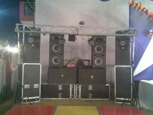 Best DJ system in Bareilly  DJ in Bareilly LOOKING FOR DJ FOR PARTY AND WEDDING   CALL TODAY RAHUL DJ WALE BABU - by Rahul Singh DJ Wale Babu, Bareilly
