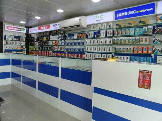 **display rack for mobile store**  - by KRISHNA INTERIO, Ahmedabad
